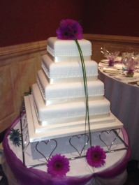 4-Tier Dots and Ribbon