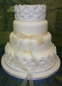 Ivory 4-Tier Multi-Flower