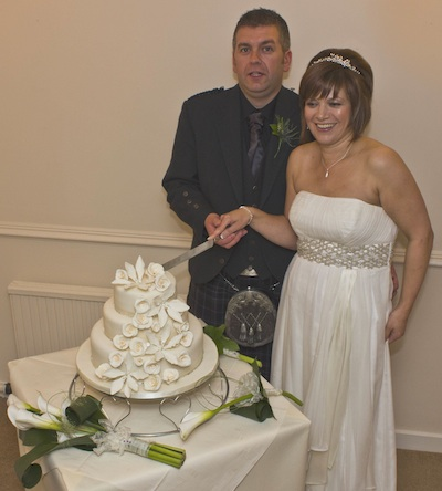 Cutting the Cake - Lilies and Roses Design