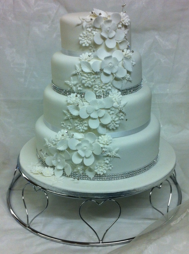 Flower Cascade design wedding caker